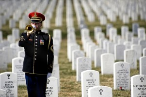 photo military funeral